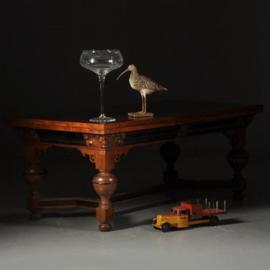 Antieke tafels / Eetkamertafel / Rentmeesterstafel verbluffend fraaie 3.5 m lange palissander trektafel ca. 1700 met veel ebben (No.521362)