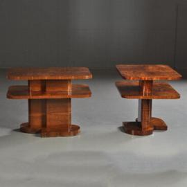 Antieke bijzettafels / Stel art deco bijzettafel of nachttafels ca. 1925  wortelnoten in kwartierspatroonmet en met glasplaten (No.451952)