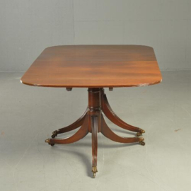 Antieke tafels /  Lange smalle triple pedestal D-end table ca. 1900  massief mahonie (No.340225)