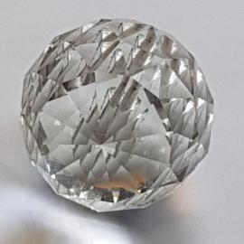 Antiek Varia / Kapitale kroonluchter ca. 1950 met vele honderden geslepen bollen diameter 1,20 m.   ( No.155511)