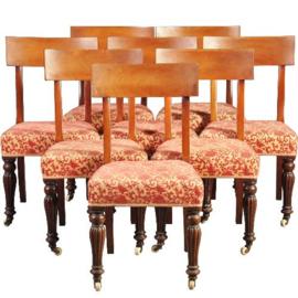 Antieke stoelen / Stel van 8 Engelse vroeg Victoriaanse eetkamerstoelen ca. 1840, incl. stoffering naar wens (No.210866)