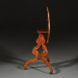 Antieke bijzettafels / wijntafels / Uitbundigingelegde geschulpte satijnhouten tilttoptable ca. 1920 met veel brons(No.472054)