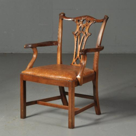 Antieke stoelen / Stel van 10 royale mahonie armstoelen ca. 1940 incl. nieuwe stoffering naar wens (No.520523)