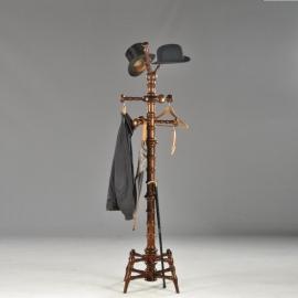 Antiek Varia / Staande kapstok Van gedraaid hout, vrijstaand model met 6 knoppen (No592323)