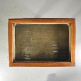 Antieke bijzettafels / Engels vitrinetafeltje ca. 1900 met palmhouten biesjes (No.501305)