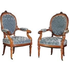Antieke stoelen / Stel an 2 identieke armstoelen H. Pander & Zn  ca. 1890 in oude velours notenhout (No.491753)