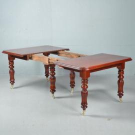 Antieke tafels / Lange rechthoekige  Engels.e coulissentafel ca. 1880 mahonie  3,42m. lang (No.411566)