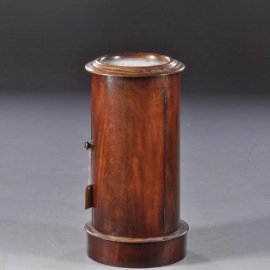 Antiek bijzettafels / Cilindrisch nachtkastje of tóch een barmeubel ca. 1825 Mahonie (no844701))