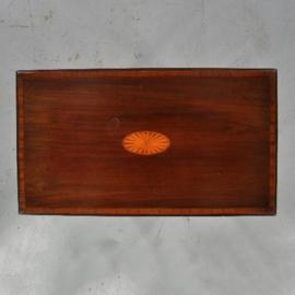 Antieke bijzettafels / Wijntafels / Edwardian rechthoekig bijzettafeltje of wandtafeltje ca. 1900 in mahonie met noten inlegwerk (No.460244)