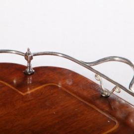 Antiek varia / Mahoniehouten ingelegd dienblad ca. 1890 met verzilverde alpaca verzilverde railing.  (No.582614)