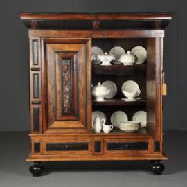 Antieke kasten / Hollandse palissander kussenkast 18e eeuw met ebben en noten (No.490159)