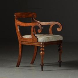 Antieke stoelen / armstoel / Bureaustoel in mahonie incl. bekleding naar wens (No.371737)