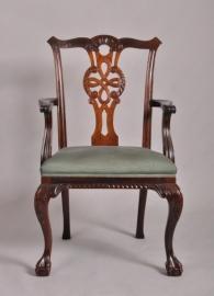 Antieke armstoel / bureaustoel in chippendale stijl ca. 1890 (No463599)