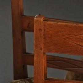 Antieke stoelen / stel van 6 solide iepenhouten eetkamerstoelen w.v. 4 ca. 1790 en 2 ca. 1900 (No.302262)