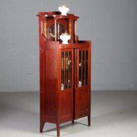 Antieke kasten / Hollands Art deco boekenkastje salonkastje met geslepen glas, spiegel en inlegwerk ca. 1910  (No562211)