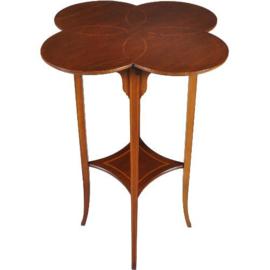 Antieke bijzettafels /  Wijntafels / Elegant Engels tafeltje ca. 1890 in mahonie ingelegd blad met 4 cirkelvormen (No.251613)