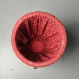Antieke bijzettafels / knottenmandje ca. 1900 dat ook als handschoenmandje of wijntafeltje verder wil (No. 512662)