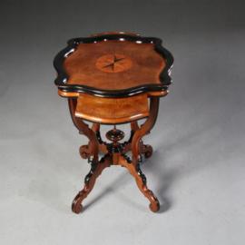 Antieke bijzettafels / wijntafels / Hollandse Willem III Theetafel ca. 1870 in de manier van Horrix (No.612451)