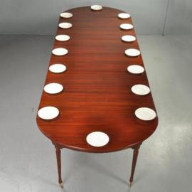 Antieke tafels / Uitnodigende Coulissentafel voor 16 gasten ca. 1810, verlengbaar tot 4,08 m. lang (No.370553)