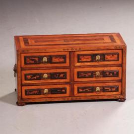 antiek varia / Tafelkastje / documentenkistje of brievenkastje 18e eeuws palissander met schildpad (No.542452)