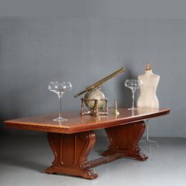Antieke tafels / Notenhouten vergadertafel / Eetkamertafel 3,20 m. jaren '30 met gebogen zijden (No.860101)