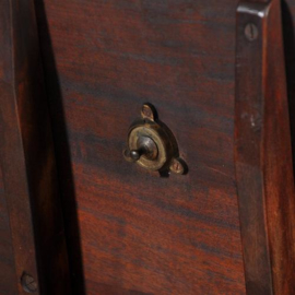 Antieke bijzettafels /  Engelse kleine wijntafel / tilttoptable ca. 1870 in mahonie (No.411559)
