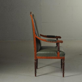 Antieke stoelen / Armstoel / Bureaustoel groen bekleed op elegante gedraaide poten (No.412042)
