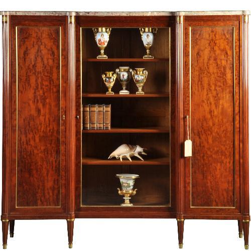 """Antieke kasten / Mahonie boekenkast / servieskast ca. 1920 met 3 deuren """"Maison Krieger Paris"""" (No.430615)"""