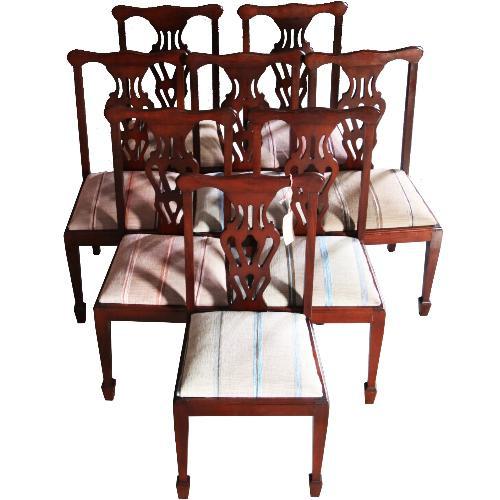 Antieke stoelen / Jong stel van 8 Engelse mahonie stoelen prijs incl. stoffering naar wens (No.630942)