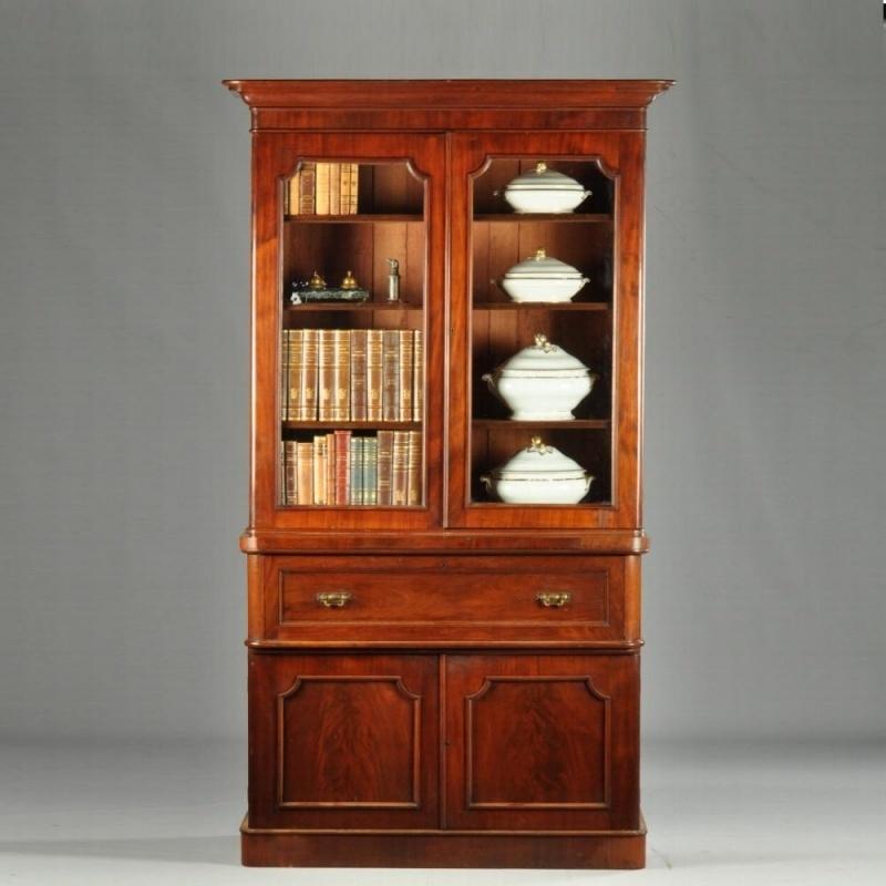 Engelse Boekenkast Glas.Antieke Kasten Strakke Mahonie Engelse Boekenkast Met