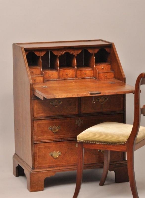 Antiek Bureau Klein.Antieke Bureaus Secretaire Klepbureau Ca 1850 Noten Met