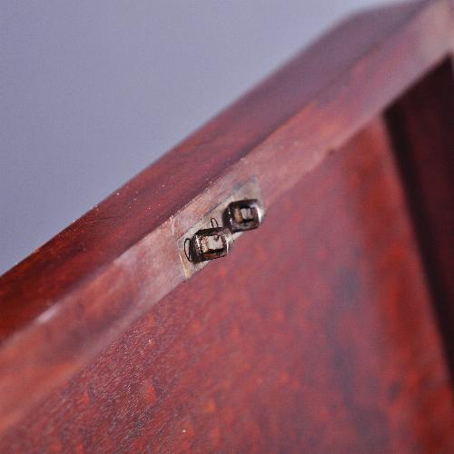 antiek drankkist mahonie slot detail