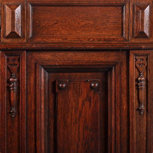 antiek bureau met panelen