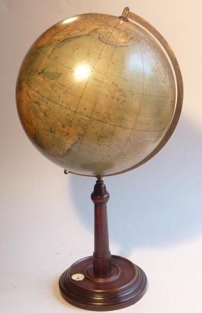 antieke globe wereldbol