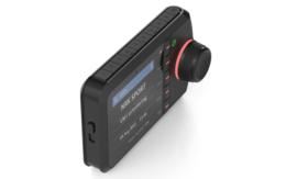 Tiny Audio C5 DAB+ carkit adapter met Bluetooth