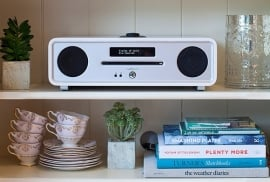 Ruark Audio R4 Mk3 IMS Stereo muziekcentrum met CD, DAB+, Bluetooth, FM en USB, Soft White