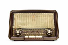 A.bsolument Nr. 784 - Echte Vintage Jaren 60 Radio met Bluetooth en audio ingang