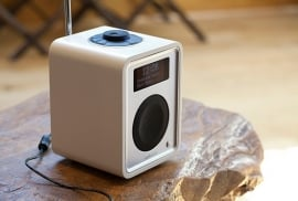 Ruark Audio R1 deluxe tafelradio met DAB+, FM en Bluetooth, Soft White