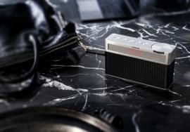 Geneva Touring / S oplaadbare portable hi-fi DAB+ en FM radio met Bluetooth, zwart