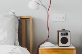 Ruark Audio R1 deluxe tafelradio met DAB+, FM en Bluetooth, Soft Black