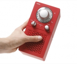 Scansonic P2500 portable radio met FM en AM in rood