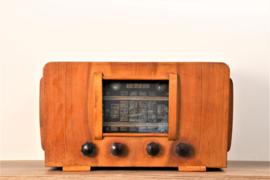 A.bsolument Nr. 482 - Echte Vintage Jaren 40 Radio met Bluetooth en audio ingang