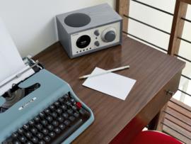 Tivoli Audio Model One+ DAB+ radio met FM en Bluetooth, grijs