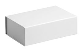 Gift Box DeLuxe; luxe geschenkdoos mat gelamineerd, WIT 31x22x9cm, verpakt per 25 stuks
