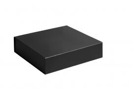 Gift Box DeLuxe; luxe geschenkdoos mat gelamineerd, ZWART 15x15x5cm, verpakt per 50 stuks.