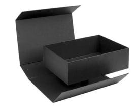 Box in the Box; luxe geschenkdoos beplakt met Wibalin®, ZWART 22x16x7cm, verpakt per 20 stuks.