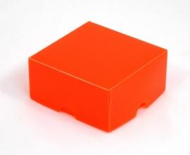 Gift Box, small 8x4x8 cm, ORANJE verpakt per 100 stuks.