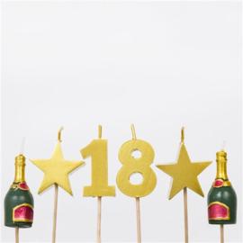 18th Milestone Kaarsen