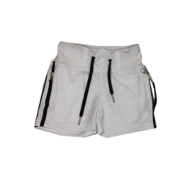 0008  Airforce  short wit 114800 maat 104