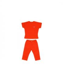 001 Shirtje  broek en shirt rood maat 74